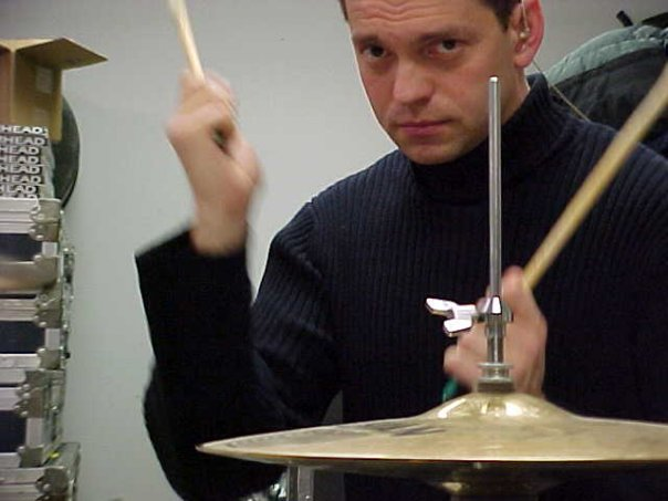 Semisonic Drummer Slips on Ice, Breaks Hand