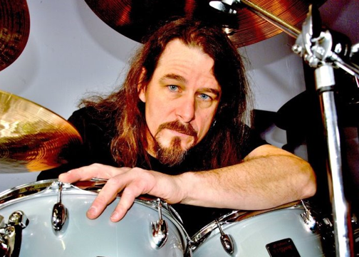 Paul Bostaph to replace drummer Dave Lombardo in Slayer