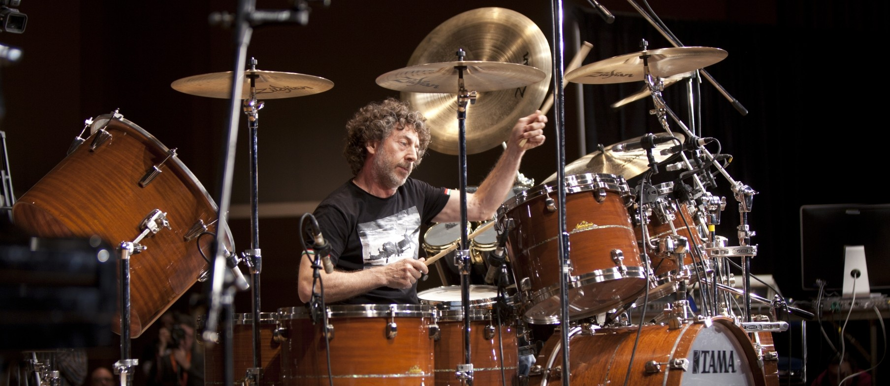 Simon Phillips 101