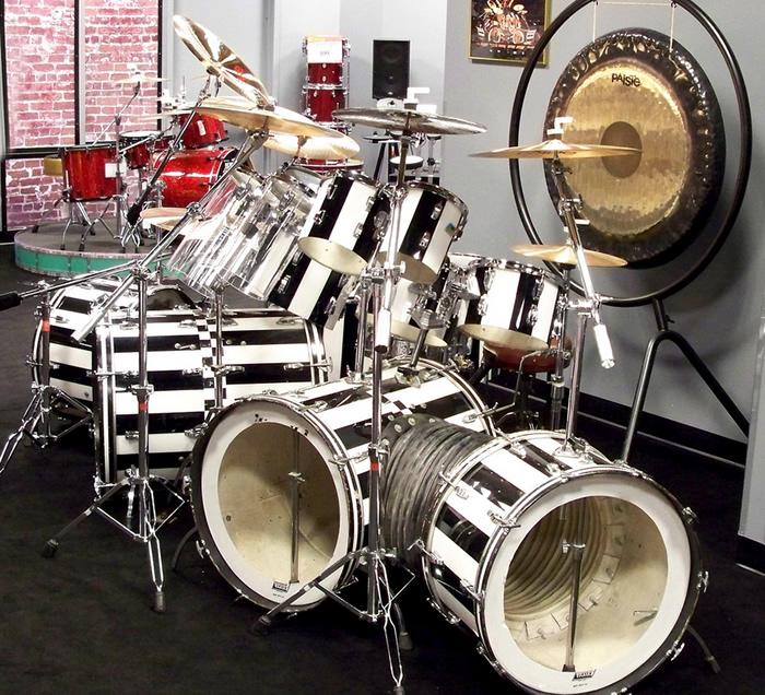 Stripes are so slimming! Alex Van Halen's 1981 drum kit #monsterkitmonday