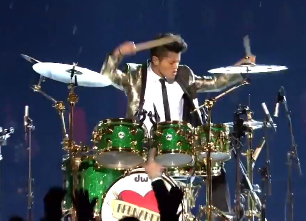Bruno Mars proves that everyone loves a drum solo