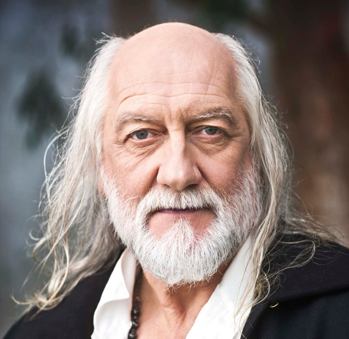 The 5 Best Drummers Evar!… according to Mick Fleetwood