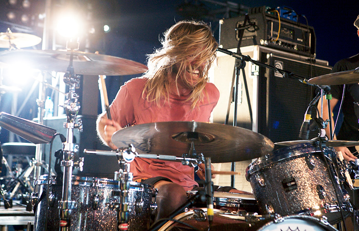 Mike Mangini, Taylor Hawkins to Perform at Drum-Off Finals